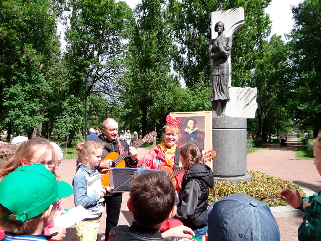 Дуэт «Мотив» ЦКиК им. Л.Н. Кекушева принял участие в творческих мероприятиях Санкт-Петербурга